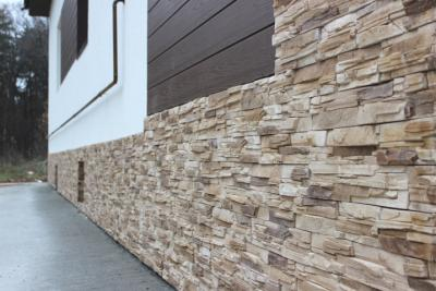 Installation of manufactured stone veneer over extruded polystyrene foam