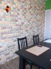 Интерьер квартиры -  декоративный камень Романский кирпич
